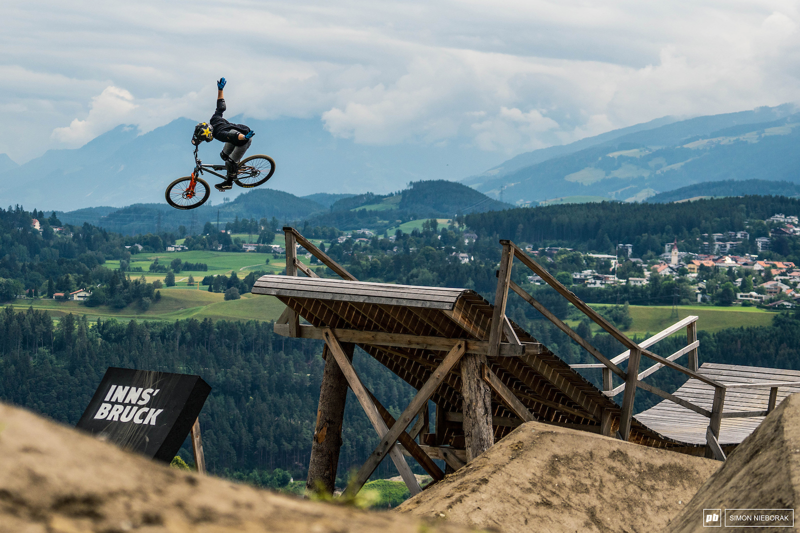 Ryan Nyquist was spinning like a mad man at the slopestyle finals. That 720 onto a whale-tail was simply insane.