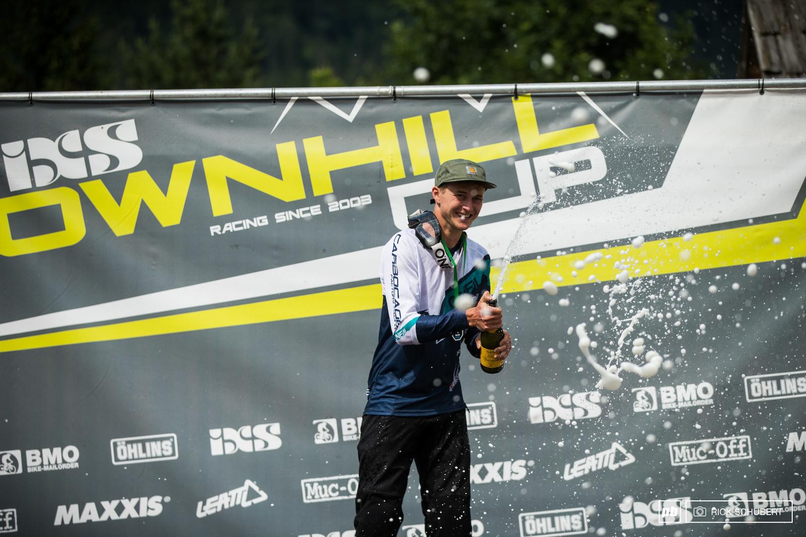 With his win in Kranjska Gora Joshua Barth is taking over the series standings
