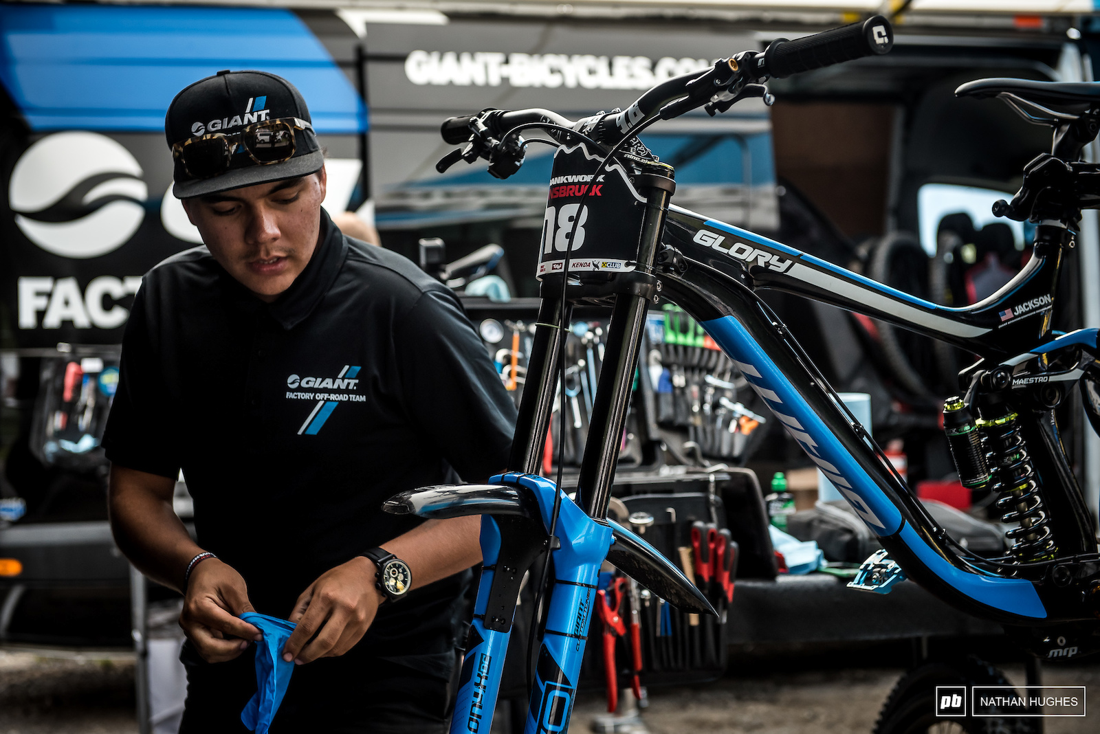 Eliot Jackson s whip getting race prepped at the Giant pits.