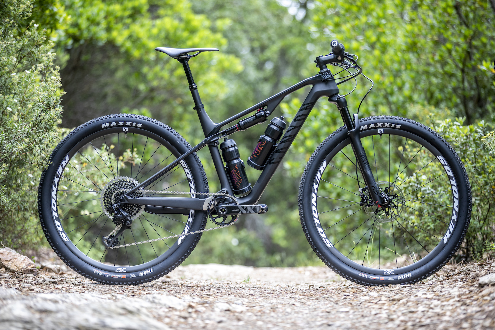 First Ride: 2019 Canyon Lux - Pinkbike