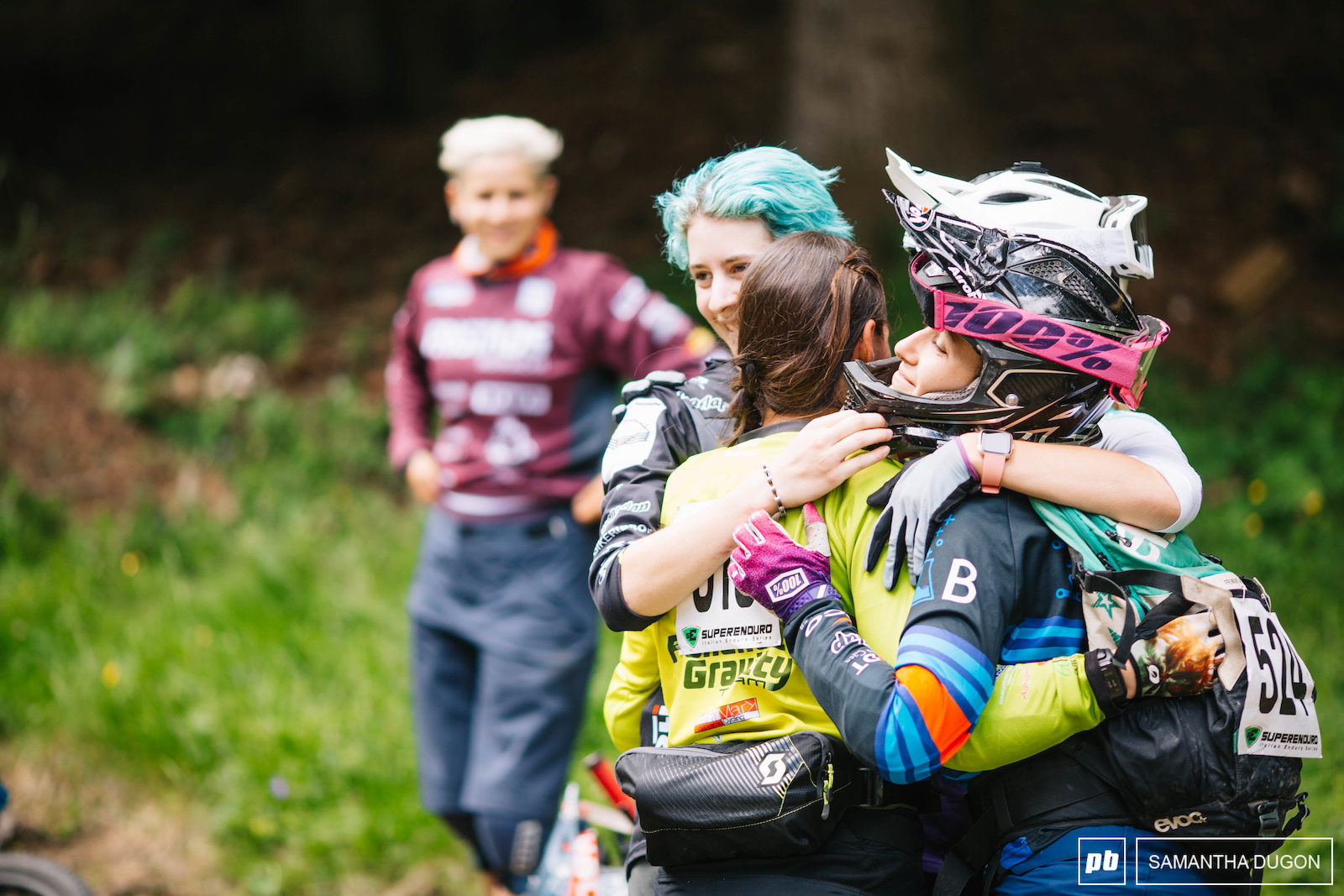 Nothing like some friendly love and support before heading off for a days racing.