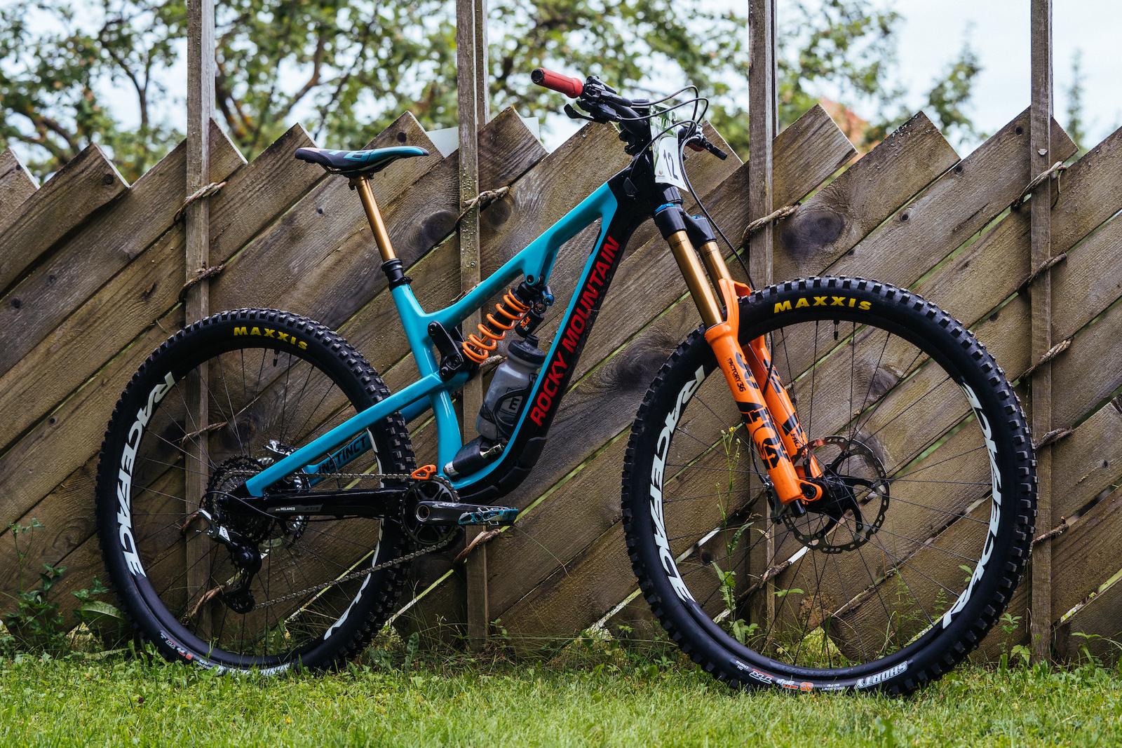 92065e7c906 Bike Check: Jesse Melamed's Rocky Mountain Instinct - EWS Petzen ...