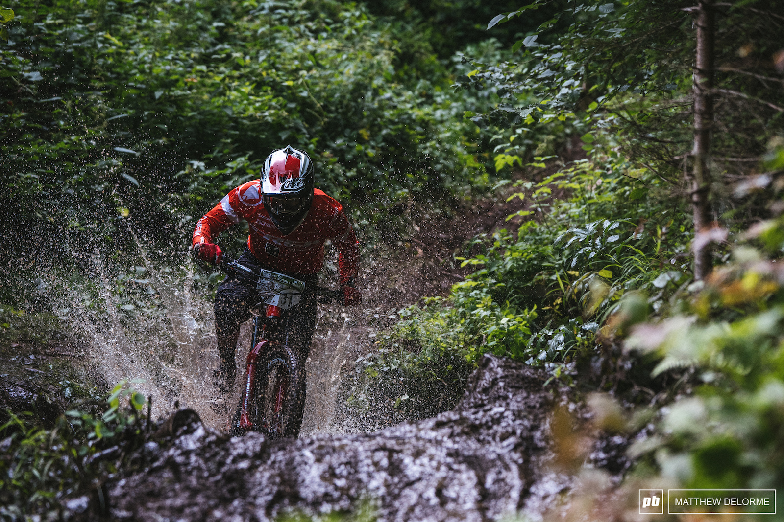 Ruaridh Cunningham is getting into the groove. Sure he had a crash or two but he sits in 8th after day one.