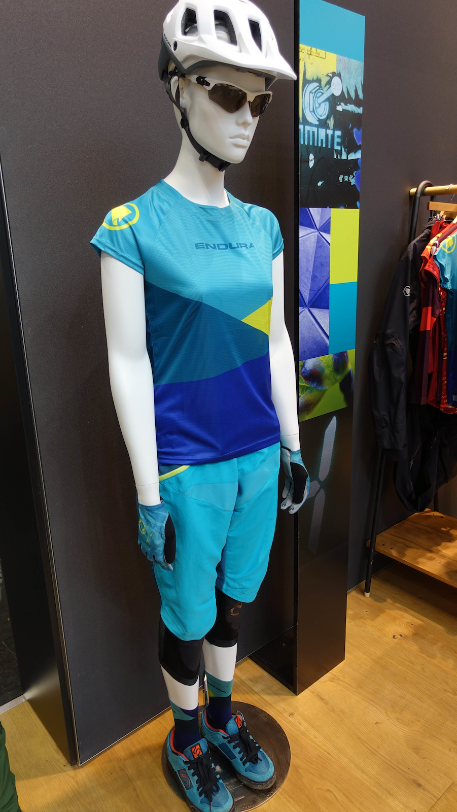Endura s women s limited Singletrack short and Singletrack jersey. Endura have done a U-turn and are now making bright and colourful kit that looks great. The shorts are 59.99 the jersey is 37.99.