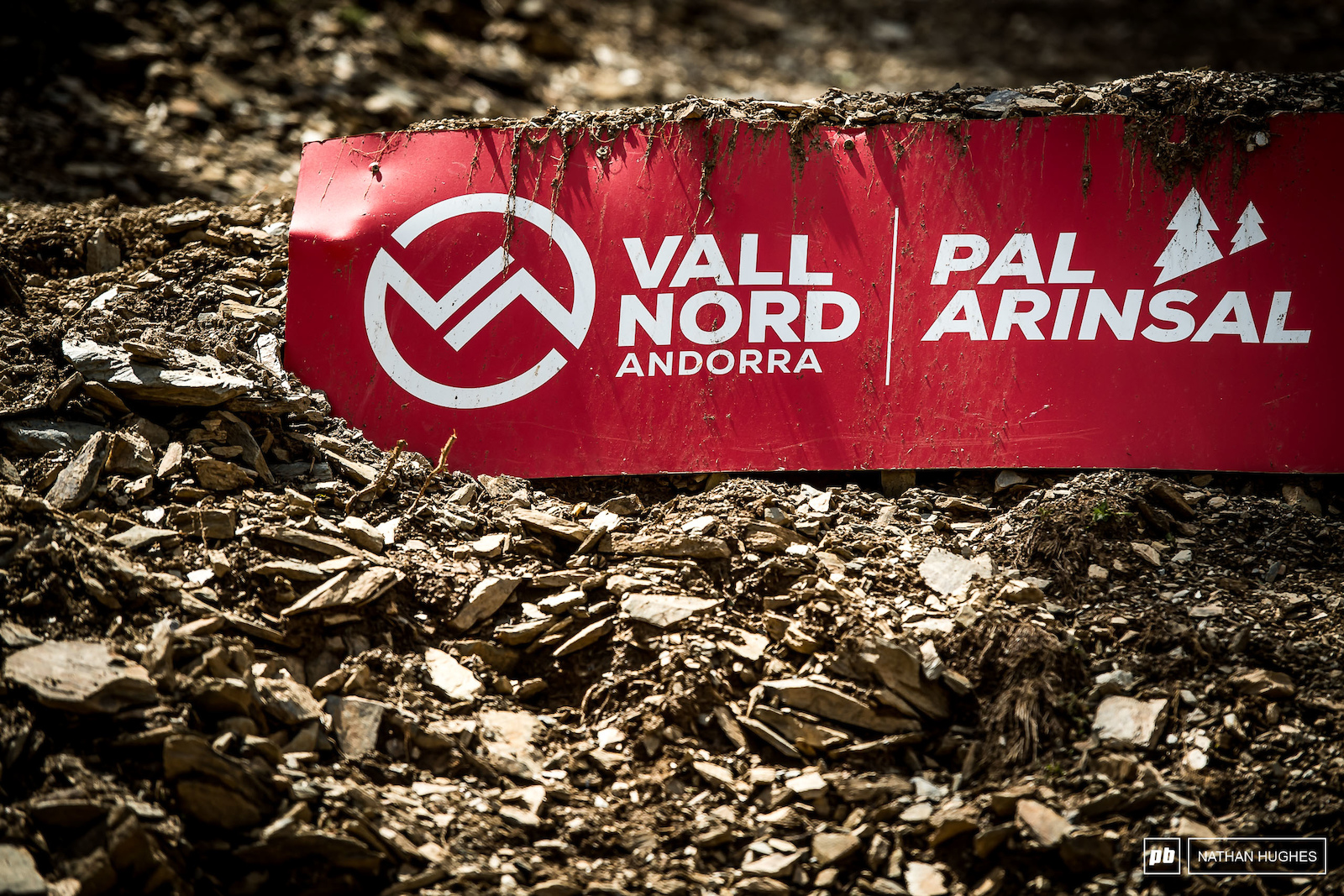 Signature Vallnord shale ready to get smashed around in the open section.