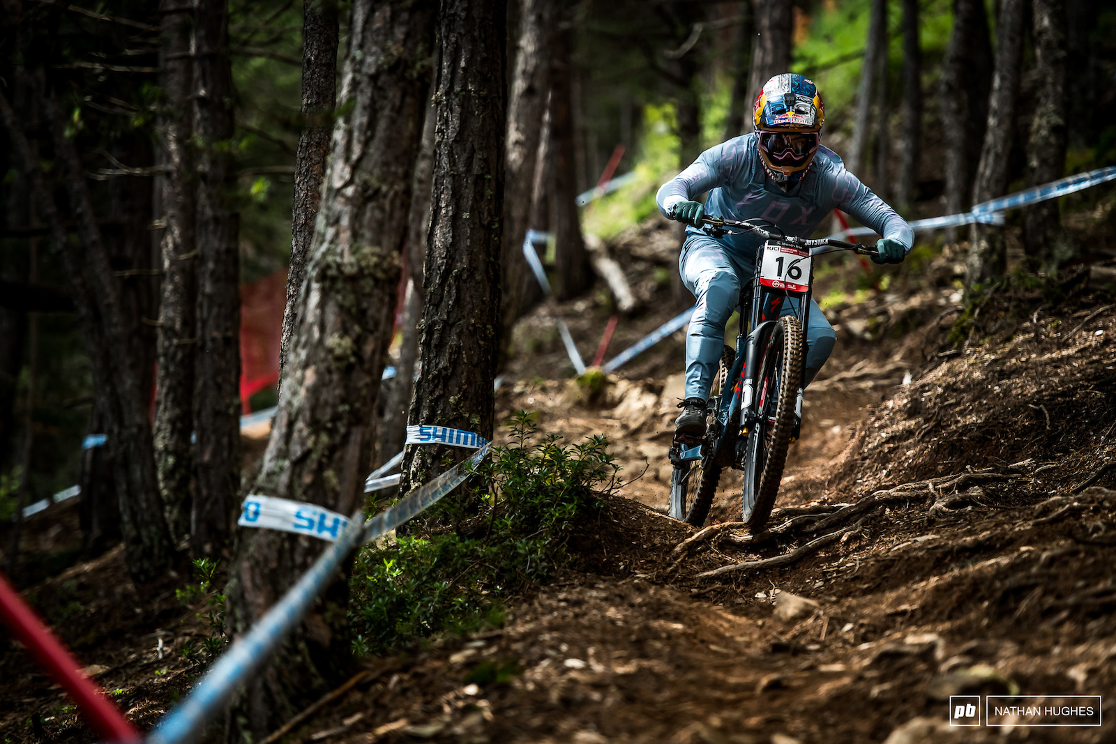 The 2015 Vallnord World Champ attacking his first lap of the day.