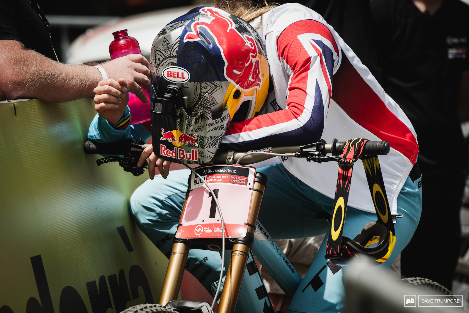 At split two Rachel Atherton was 4.7 seconds up but at the line she would be 4.8 seconds down. What happened in the middle is something she would like to forget about.