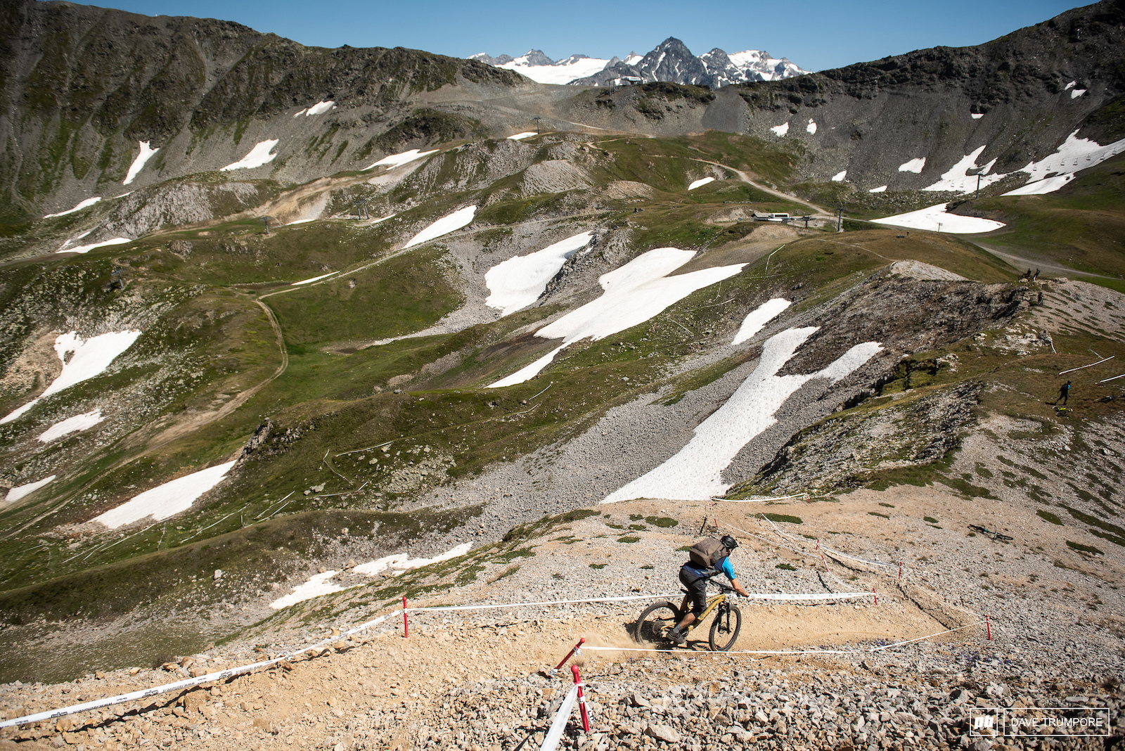 Scree surfing to kick of Stage 4.
