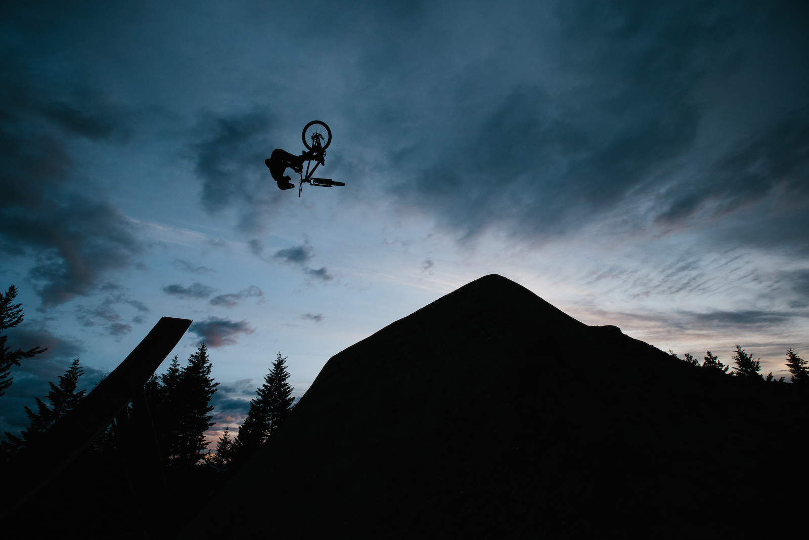 Beautiful Idiot - Brett Rheeder - Robb Thompson Photo