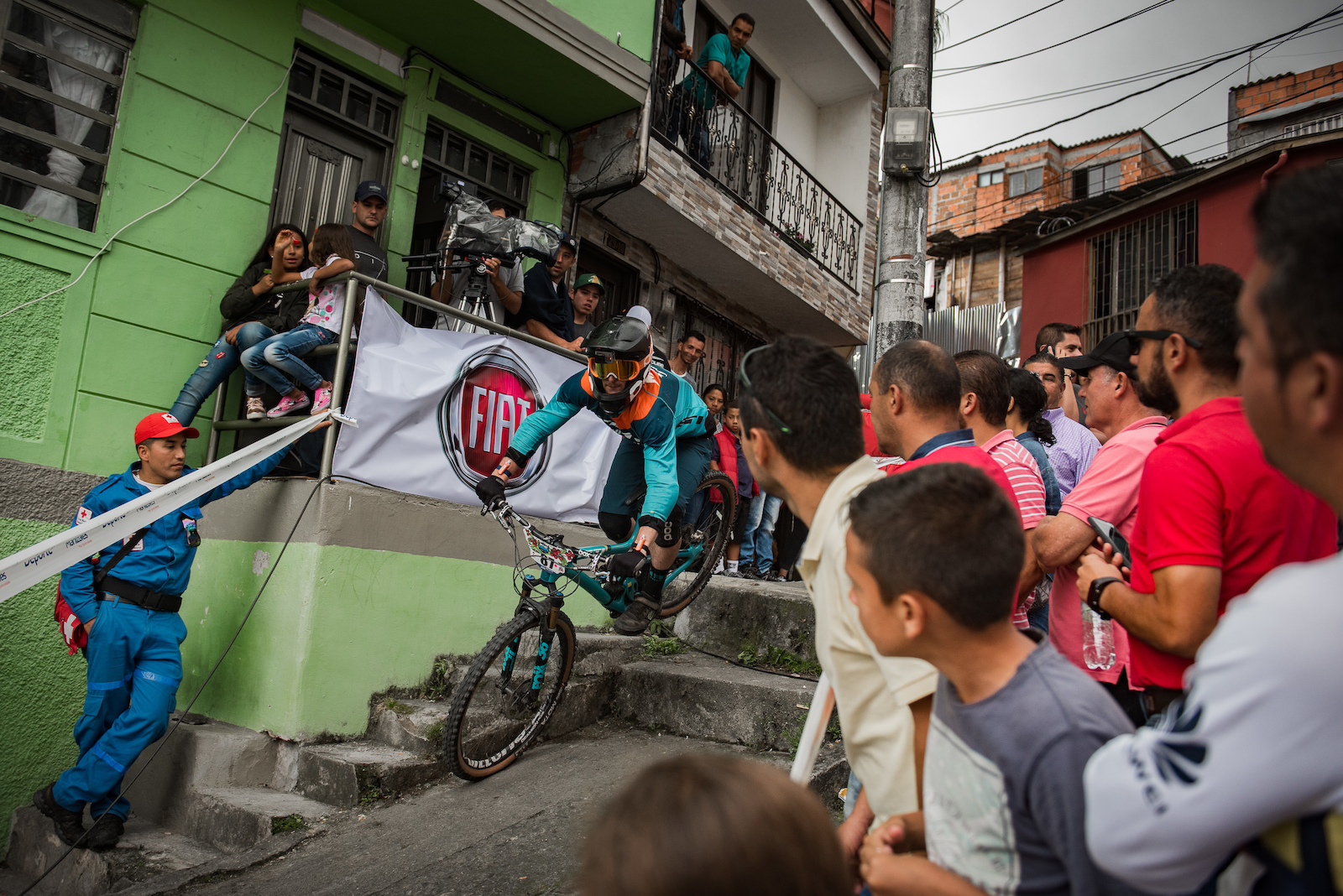 The put a stair anywhere infrastructure of Manizales made stage 1 a unique challenge