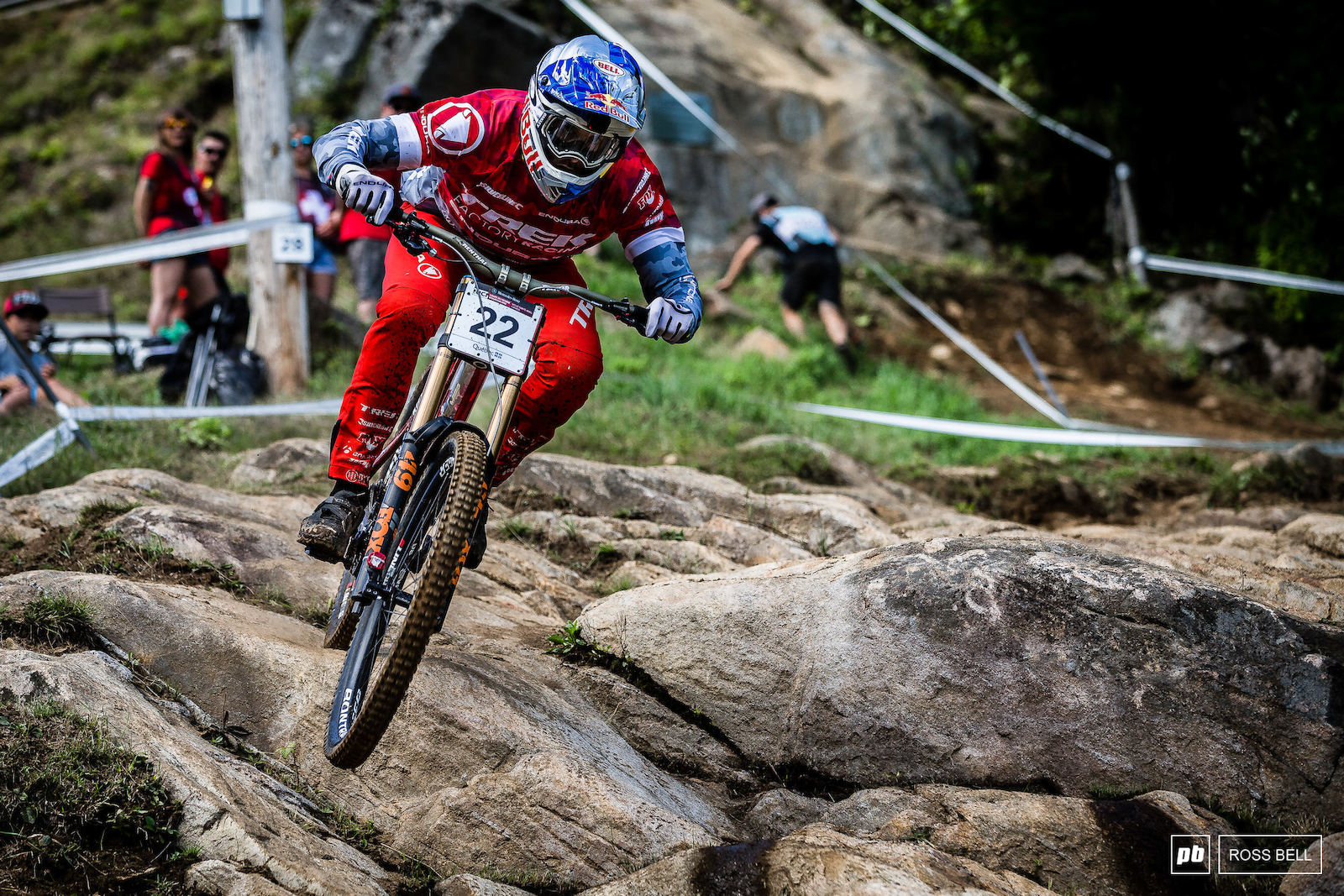 A strong showing for Gee Atherton in 8th although a little bit off the pace of the tightly bunched top 7.