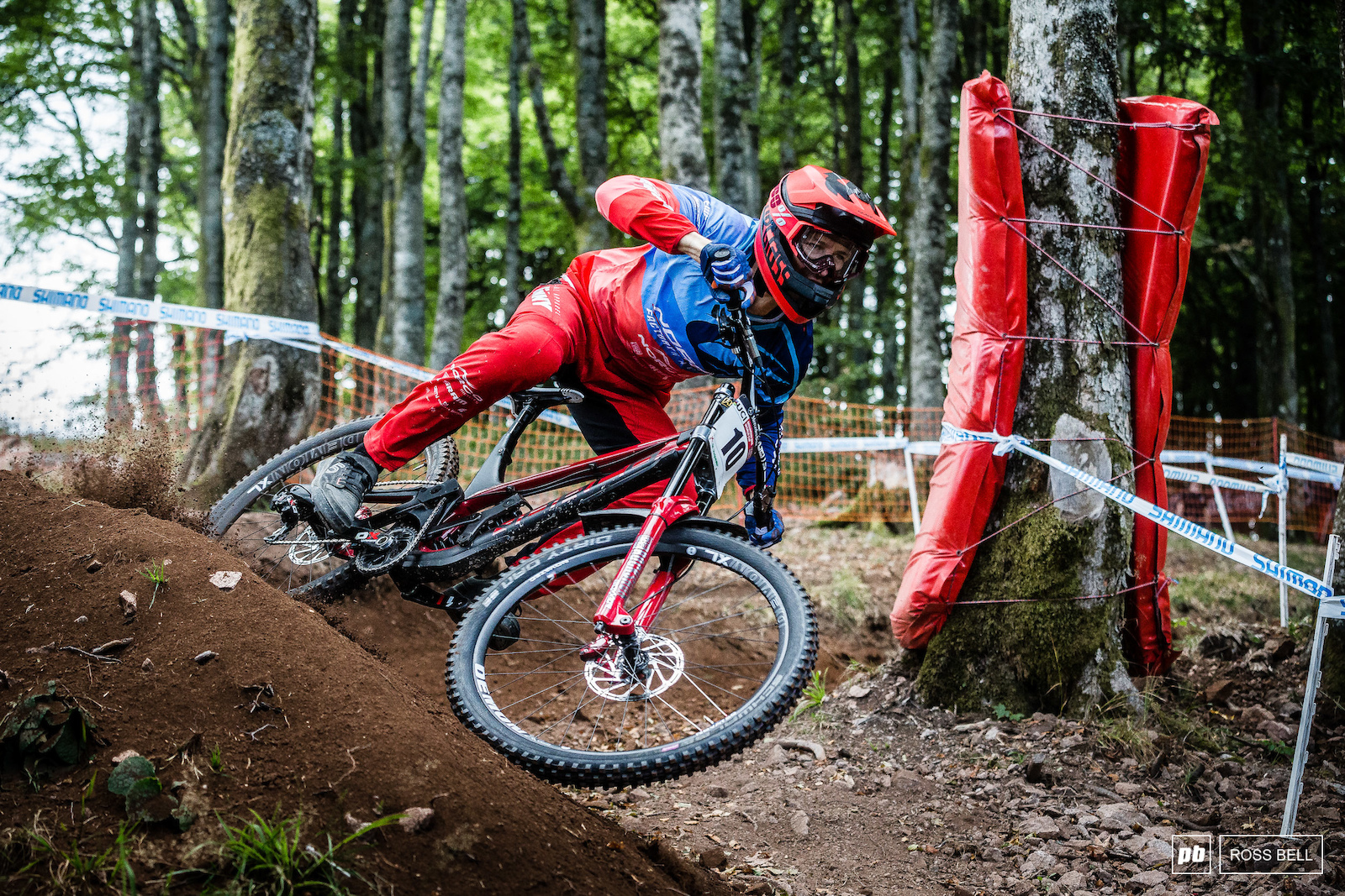 Sam Blenkinsop cutting through the soft first turns which were looking worse for wear by the end of the day.