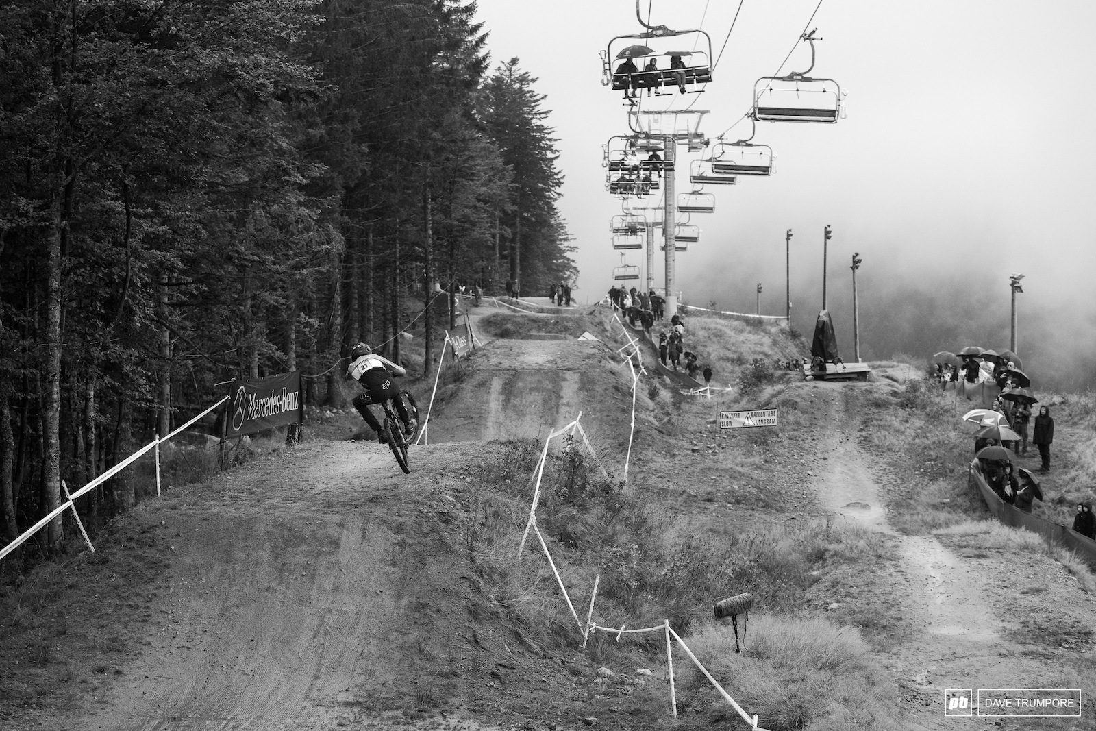 The last race runs of the 2018 World Cup DH season got underway in some fog and cold rain.