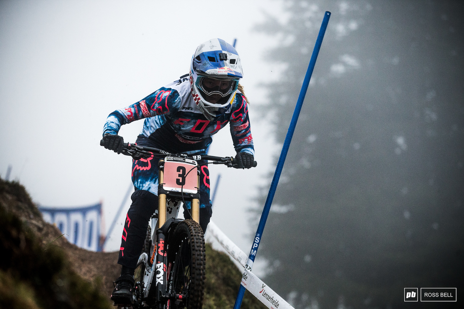 Tahnee Seagrave popping through the morning mist. She went down in her quali run but still came a close second to Rachel Atherton. Game on.