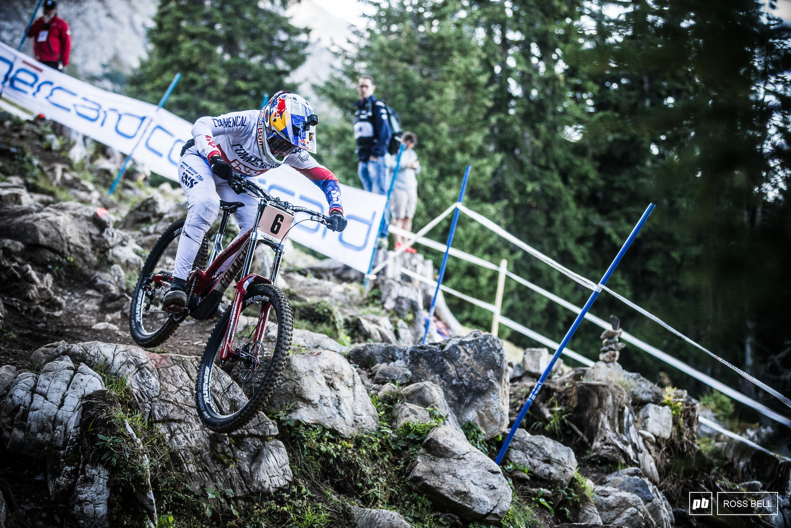 Myriam Nicole had a disrupted season after her Val di Sole crash. She ended up in 3rd albeit less than a second from 2nd placed Tahnee Seagrave.