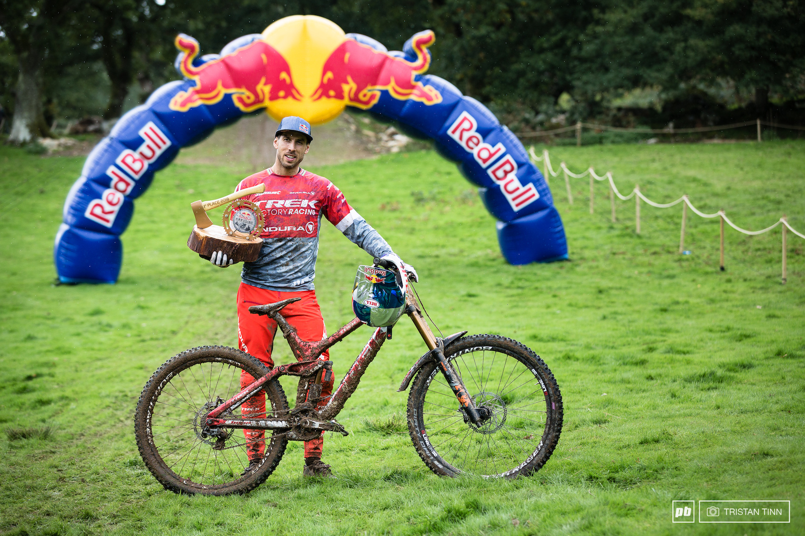 Gee Atherton and his winning Trek Session 9.9 29