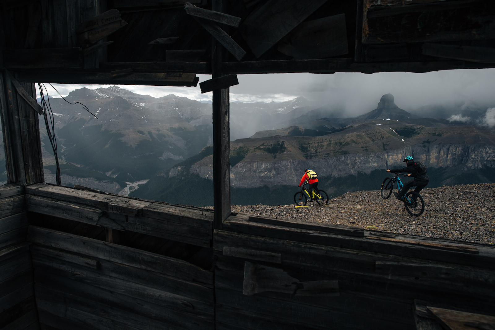 Riding Alberta s Rocky Mountains with Noah Brousseau and Matt Monod. Photos by robb