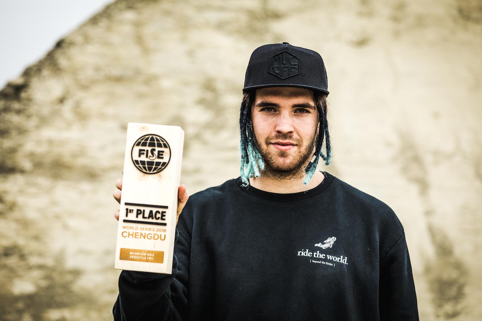 Tomas Lemoine is your 2018 Slopestyle Chengdu Champ.