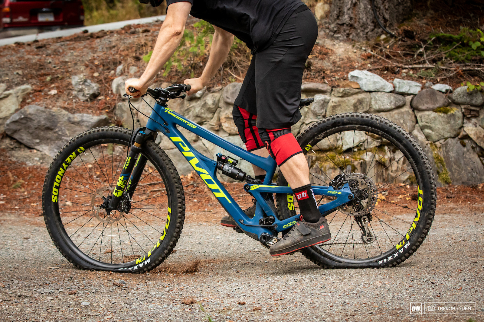 a7d86bca5ca ... hits. Whether it's the DW-Link suspension ramping up through the  stroke, or the latest version of the X2 shock and its bigger bottom out  bumper, ...