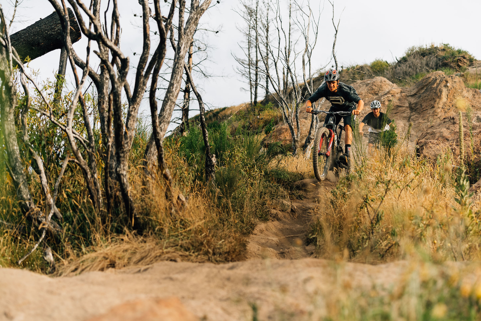Straight into some rocky single track.