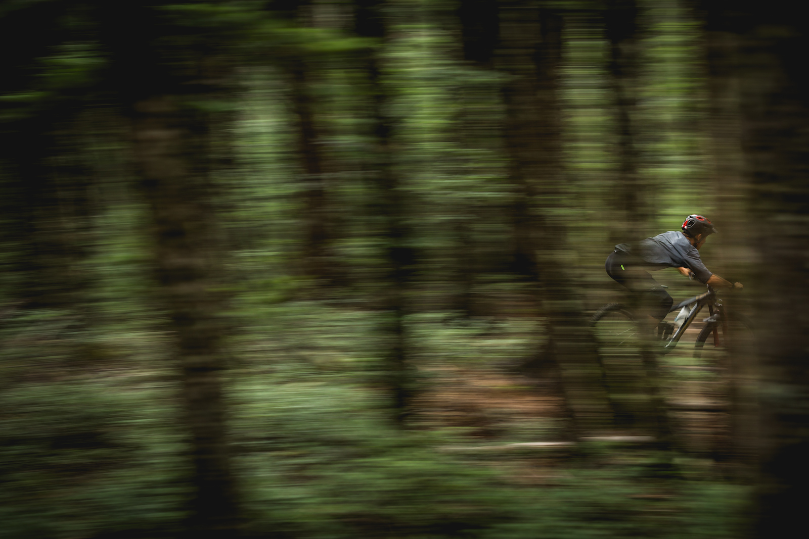Sam Blenkinsop riding DEITY s new 35mm Carbon Skywire Bar while filming for there latest video