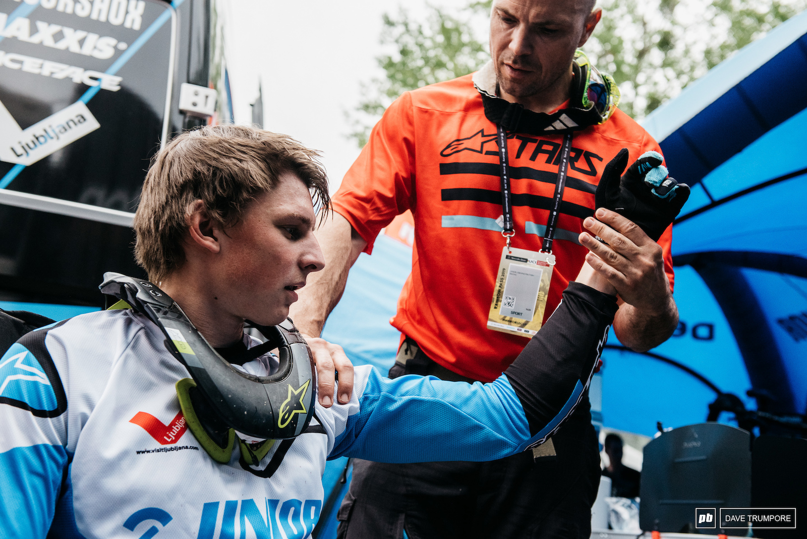 Unfortunately hometown hero Jure Zabjek is racing with an injured shoulder this weekend. But you can be sure he will still get some of the loudest cheers on the hill regardless of his results.