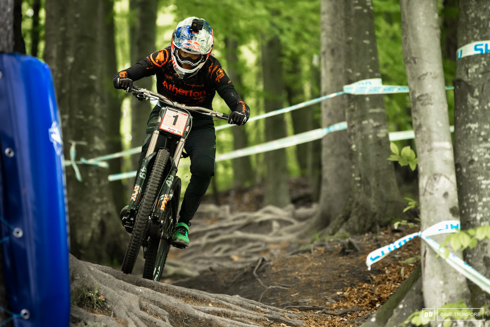 So close but just off the win today for Rachel Atherton and her family s new Atherton DH bike.