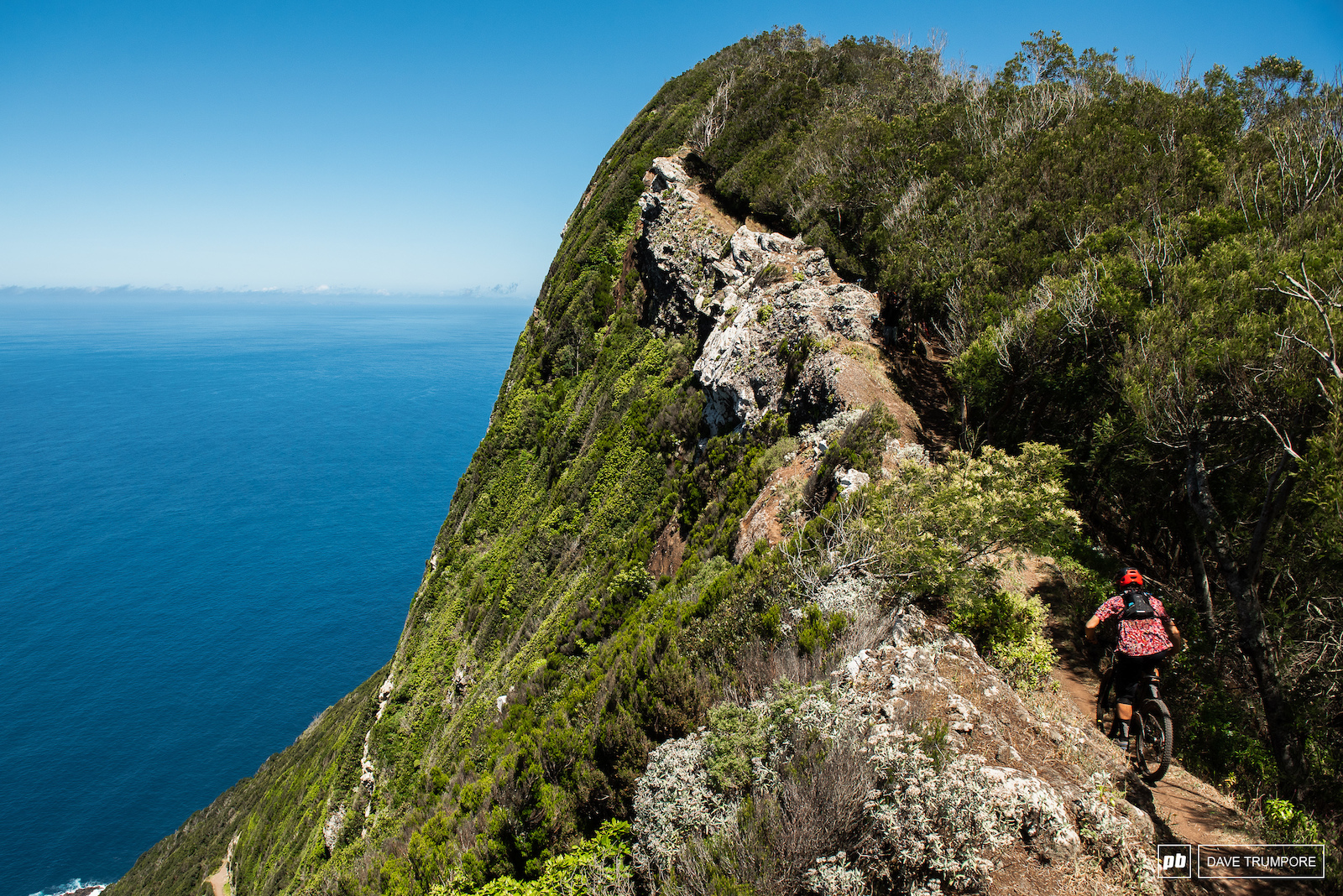 The classic cliffside views of stage 7