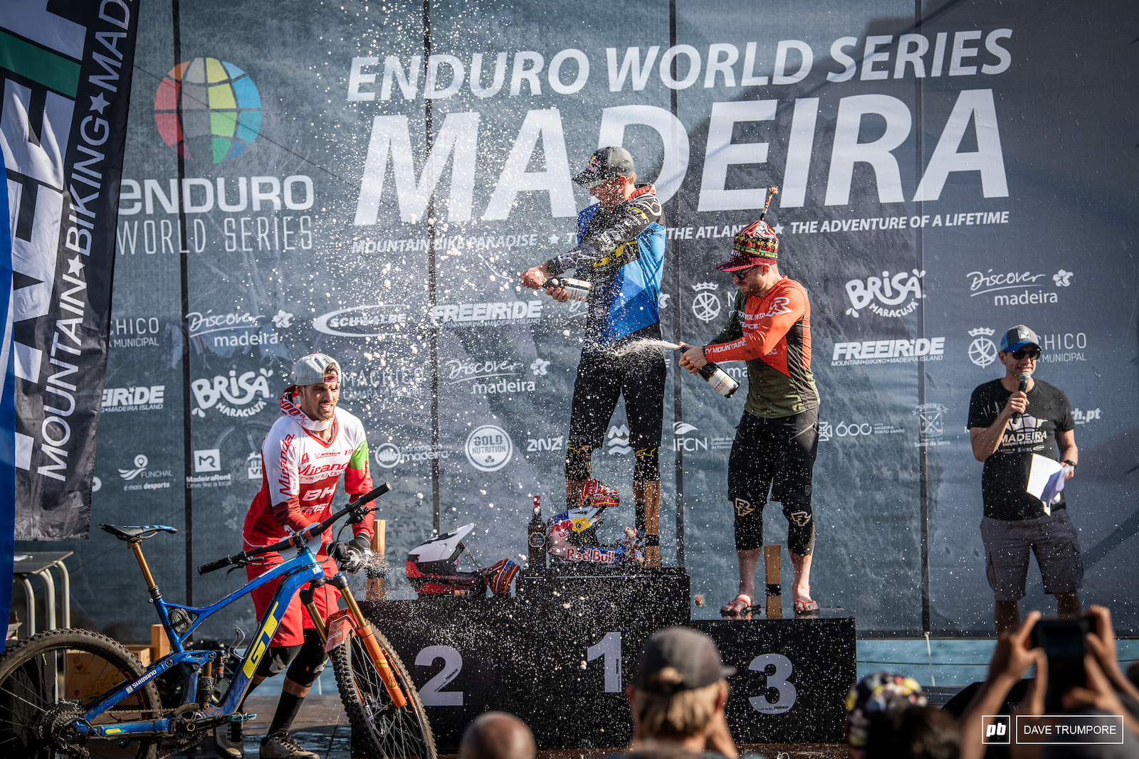 Martin Maes Jesse Melamed and Jose Borges on top of the men s podium