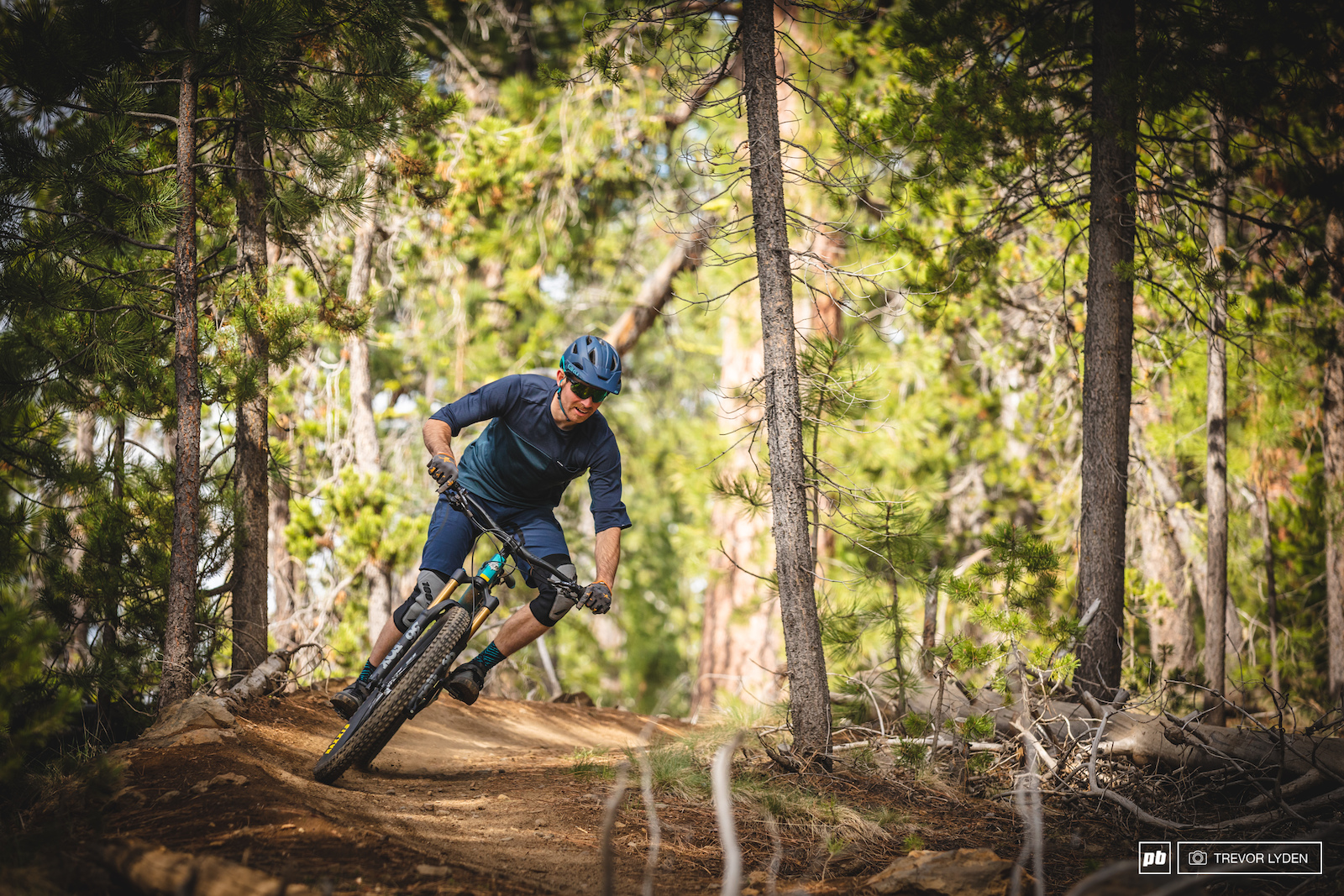986bf1e9119 10 Men's Kits Tested - 2019 Summer Gear Guide - Pinkbike
