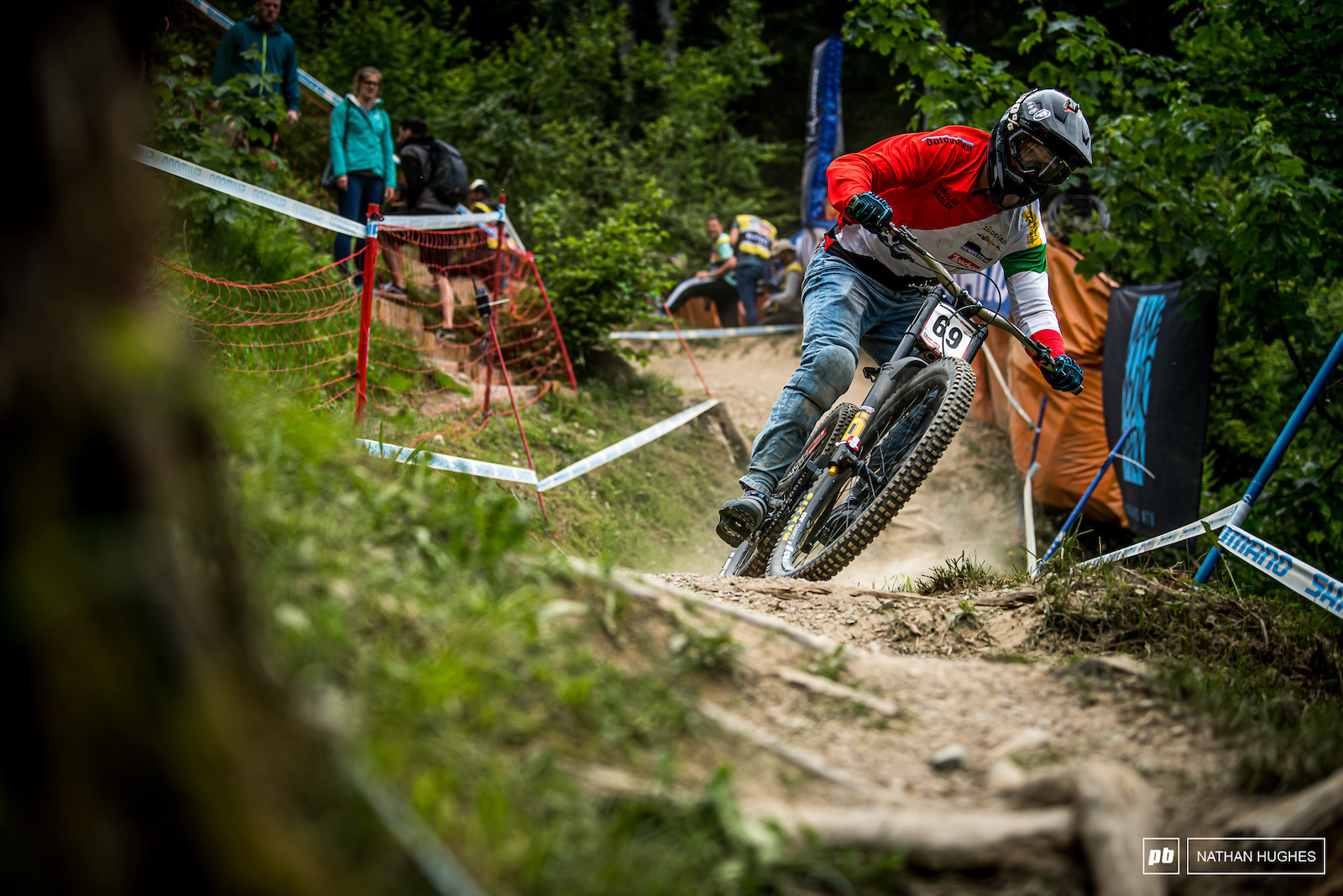 69 and jeans. Privateer Johannes von Klebelsberg rode to 16th place.