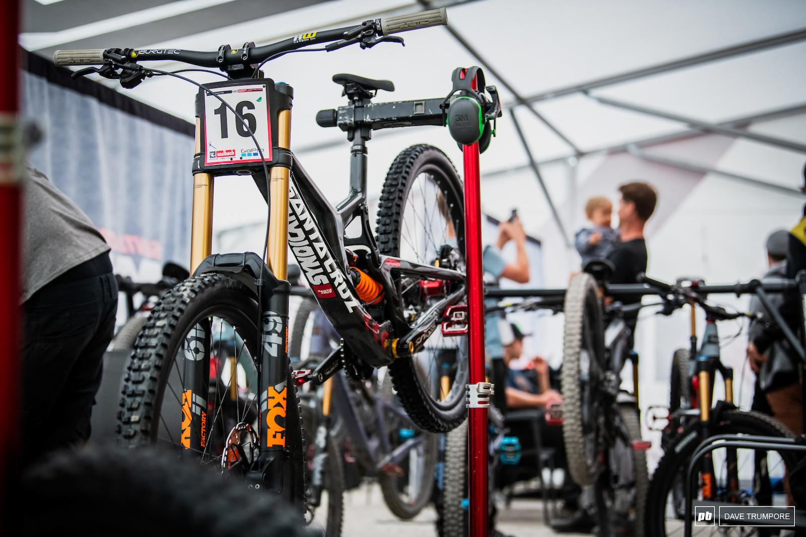Greg Minnaar s Santa Cruz V10 will be the last bike down the hill tomorrow.