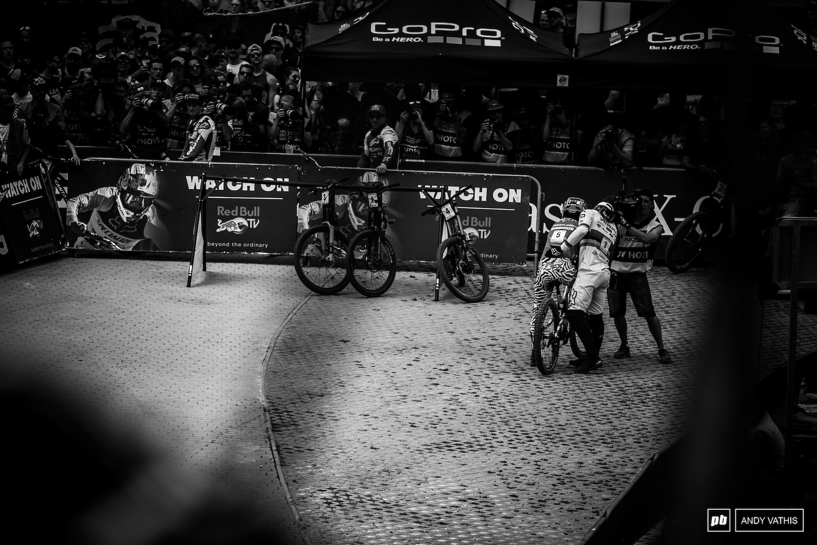 Loris Vergier was within reach of Bruni s pace before sliding out on the last flat corner as you drop into the arena. Loic wasted no time running over and comforting him.