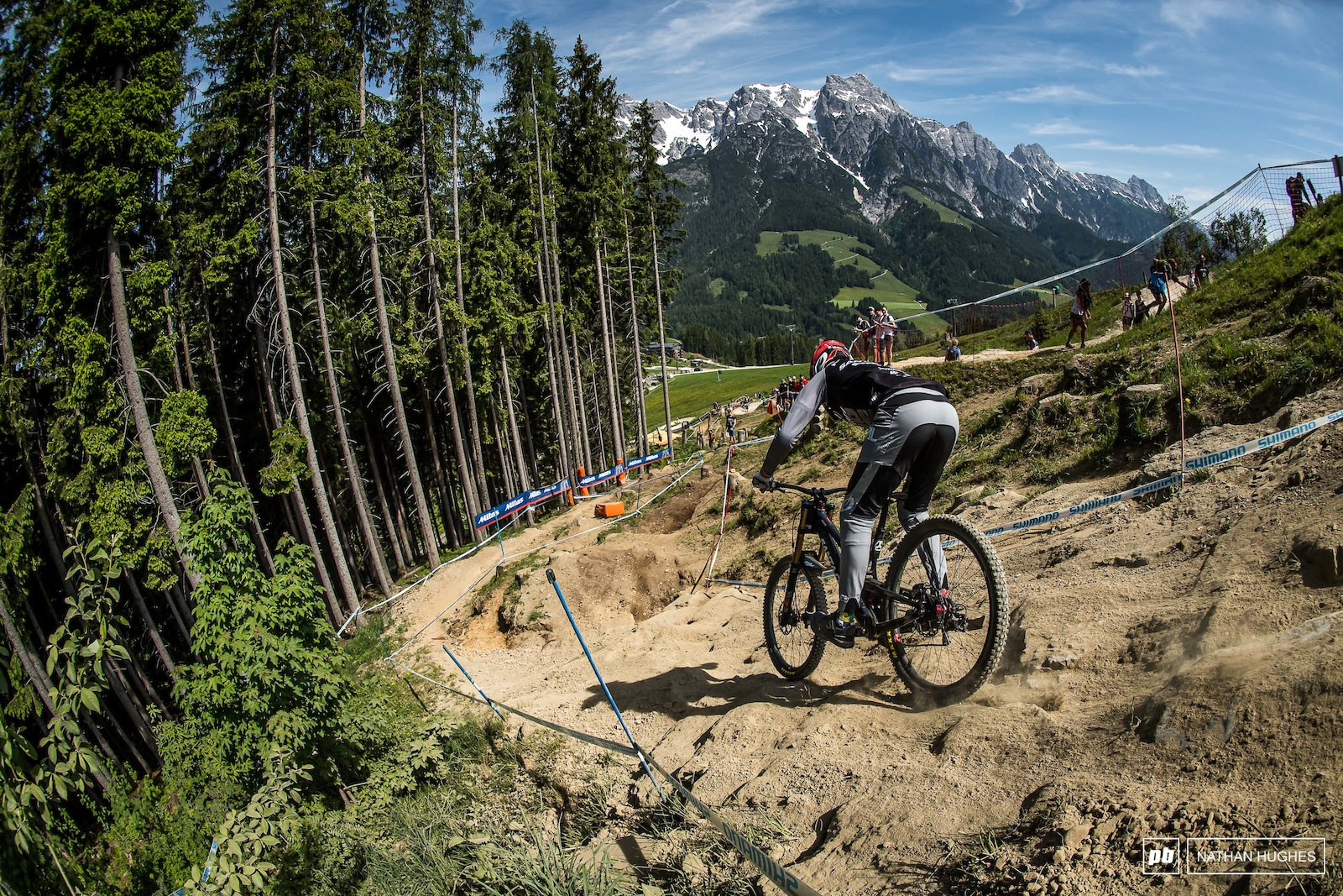 Greg Minaar is always up there in Leogang but hasn t managed a win since his 2012 gold. Today he so very nearly wen the distance.