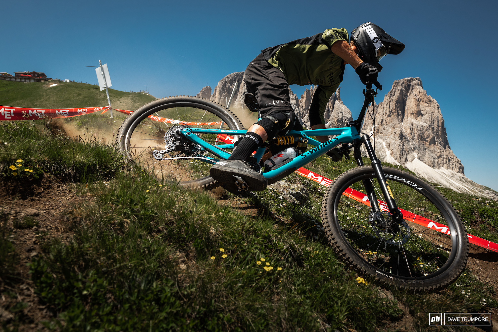 Not too many riders can handle a switchback as fast and stylish as Dave Macmillan.