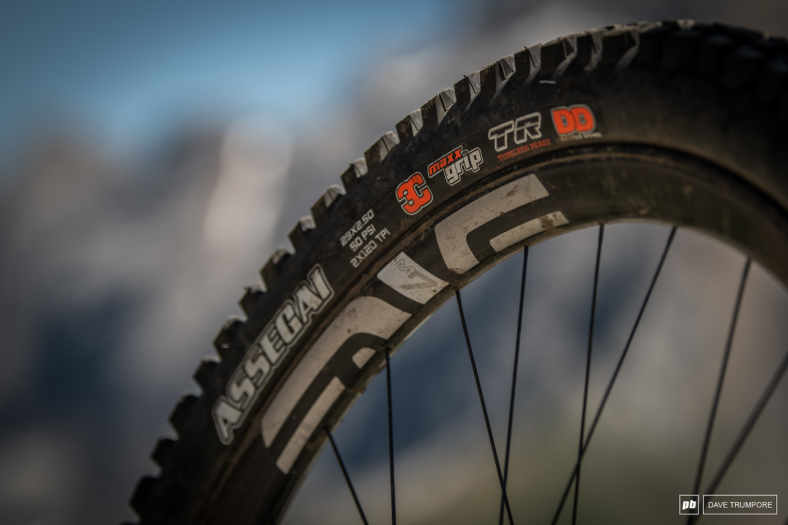 Wheels are Enve M730 with proprietary rim strip. Laced to Industry nine hubs and with Maxxis Assegai 2.5 tires.