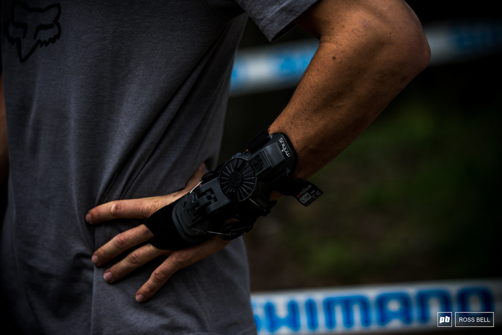 Loris Vergier s wrist is a little worse for wear this weekend.