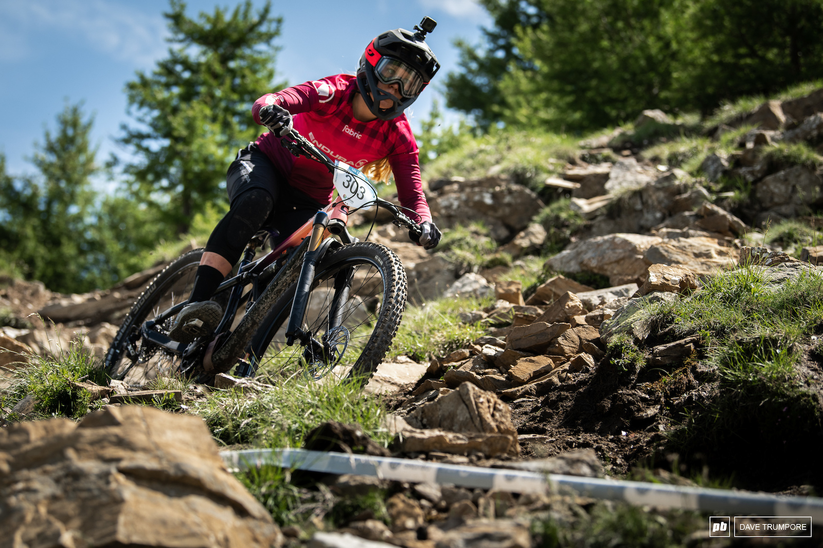 Unfortunately a big crash in the rocks ended Ella Conolly s season with what looks to be a broken arm and injured leg.
