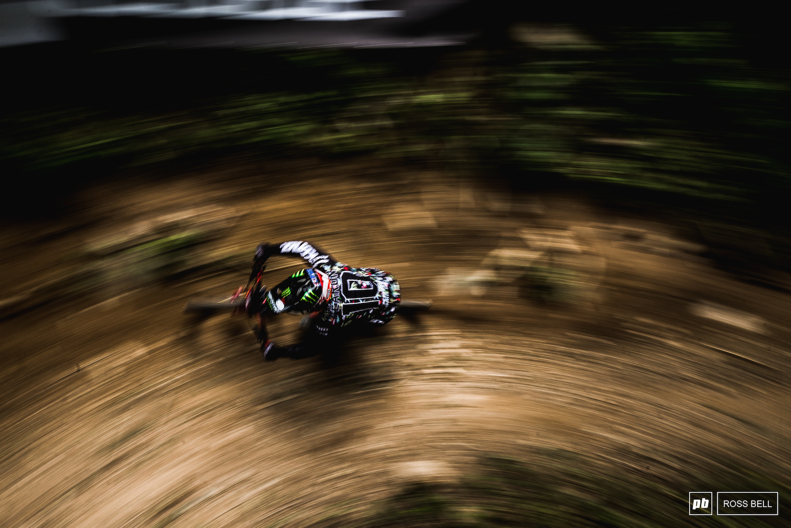 Connor Fearon ripping the last few turns in the woods before launching into the grass for the final minute of track.