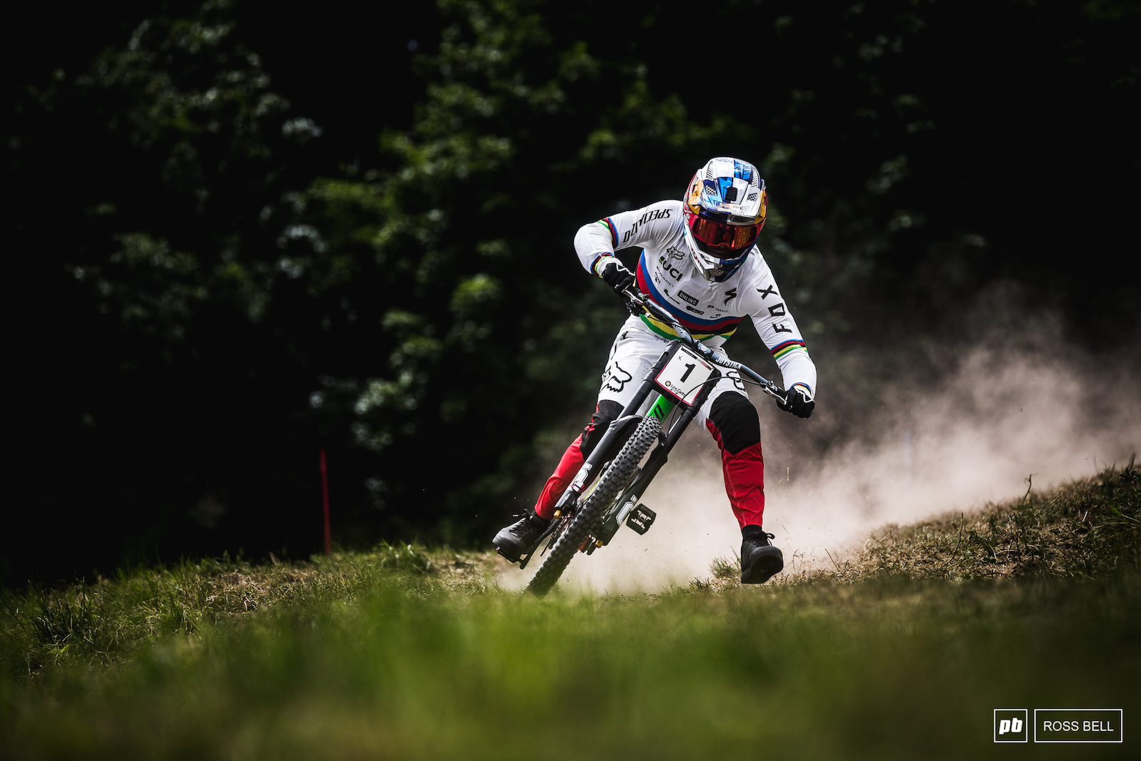 Foot out flat out for Loic Bruni on his way to a second place qualifier in Les Gets last season.
