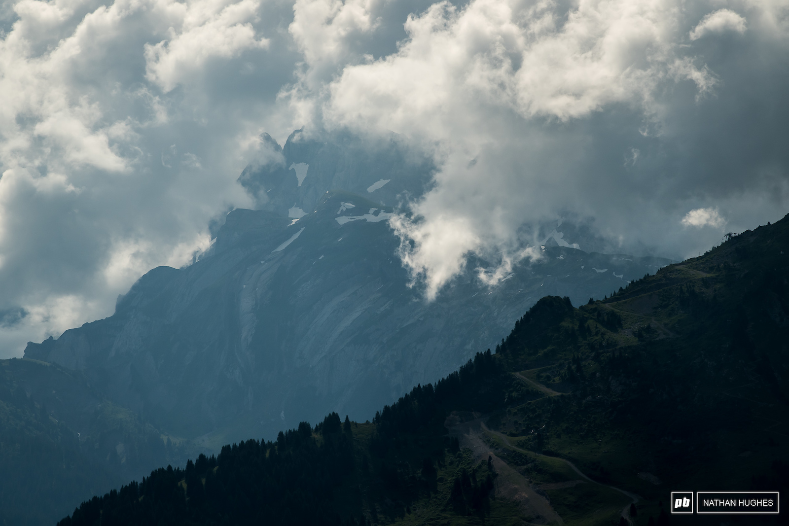For all the menacing cloud lurking behind the big peaks of the Portes du Soleil we never saw a drop of rain.
