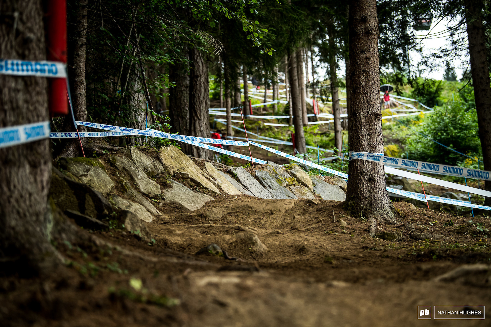 A nice relaxing berms made of wet jagged slabs.