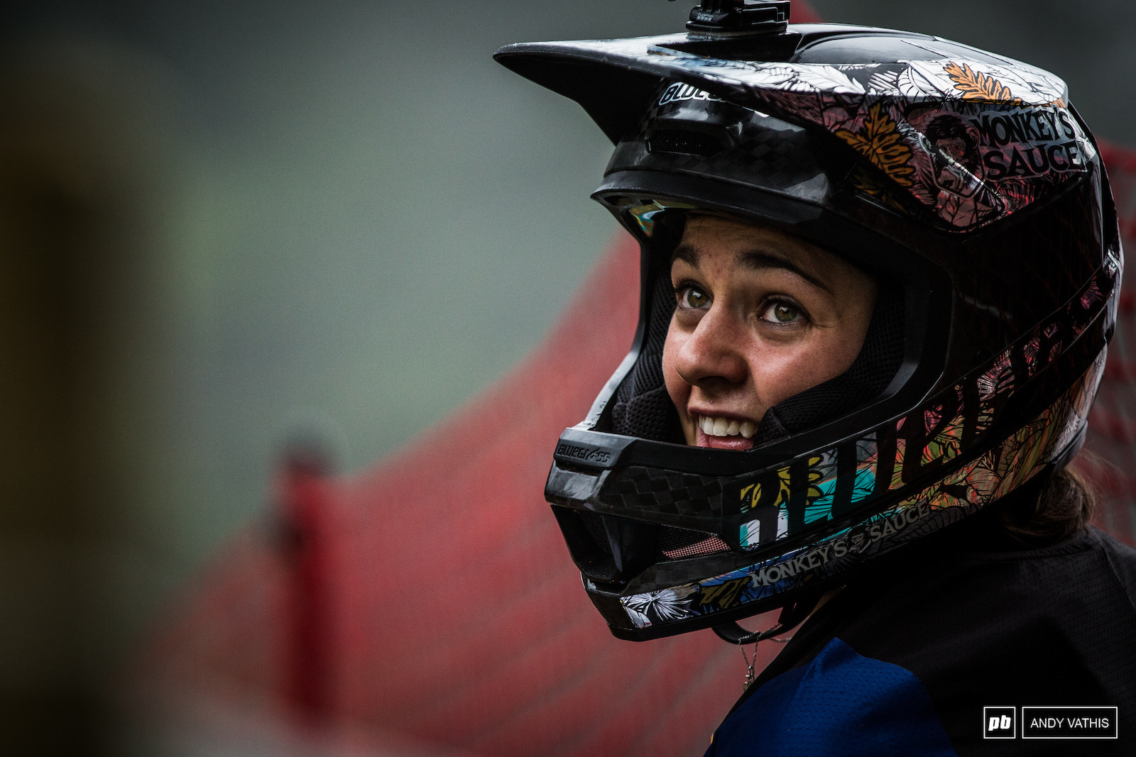 Marine Cabirou was very observant this morning during practice. Every second counts as the battle goes on between her and Tracey.
