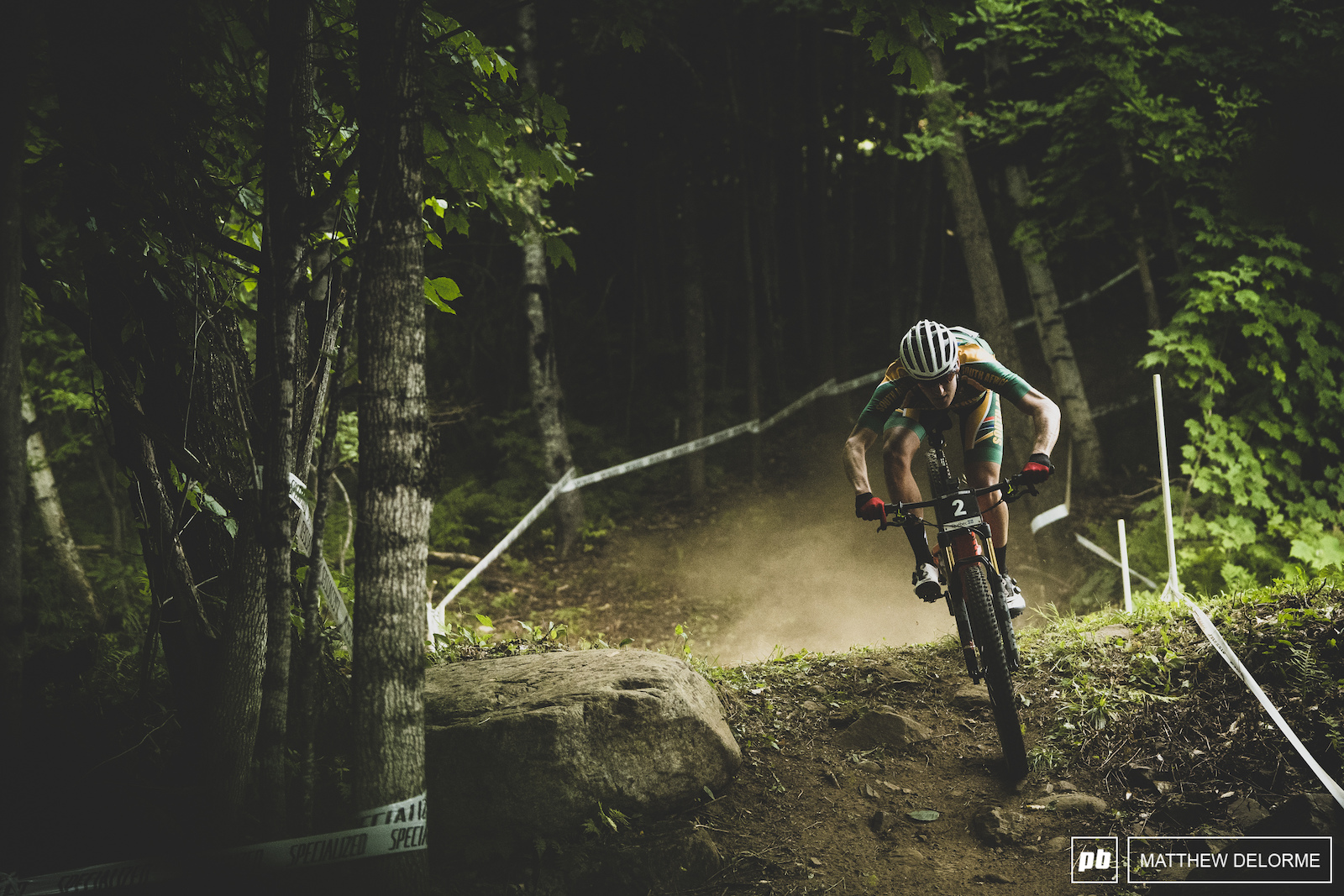 Alan Hatherly on his was to world champion in eMTB Worlds.