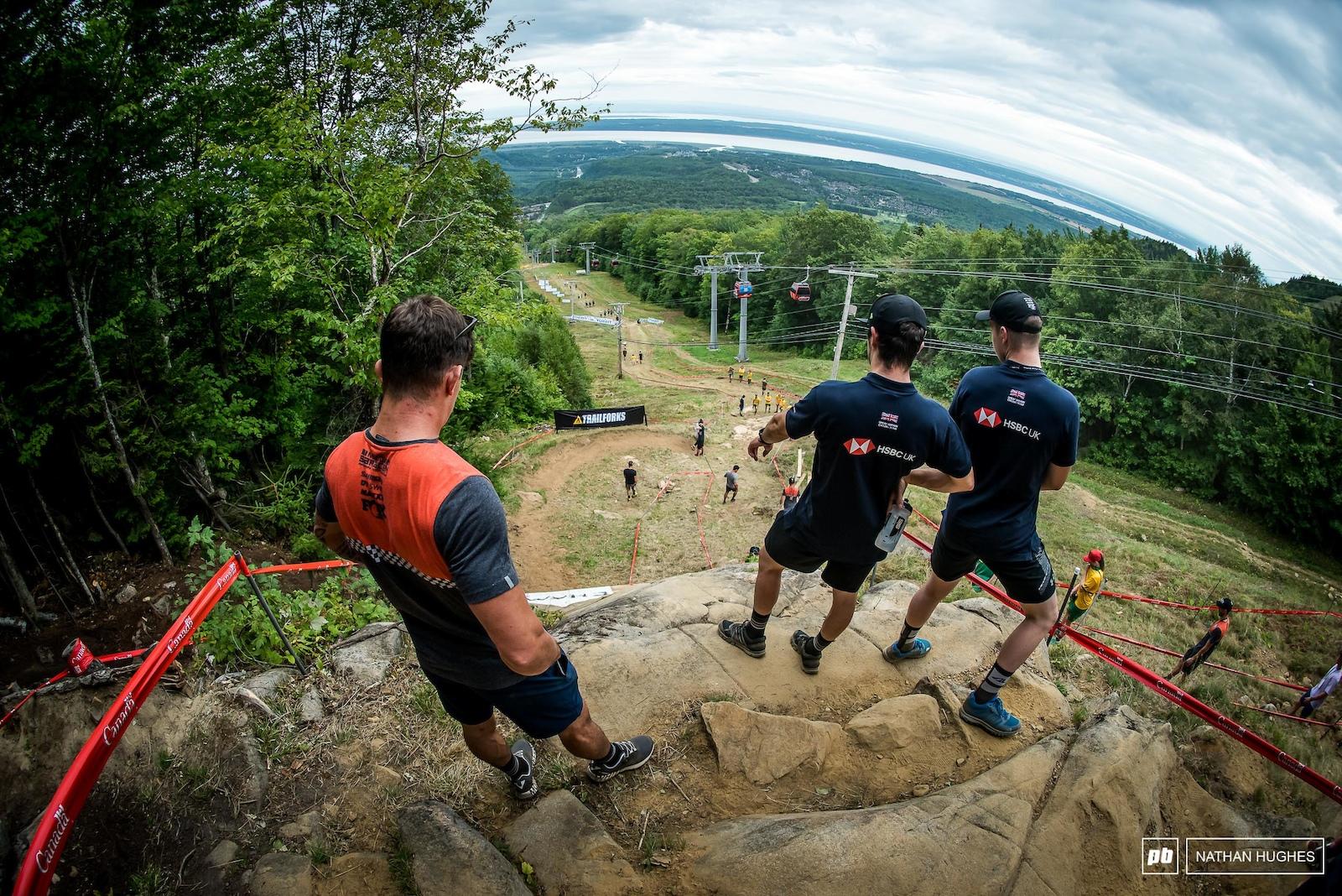 The 2016 World Champ scoping the bedrock with young team mate Matt Walker.