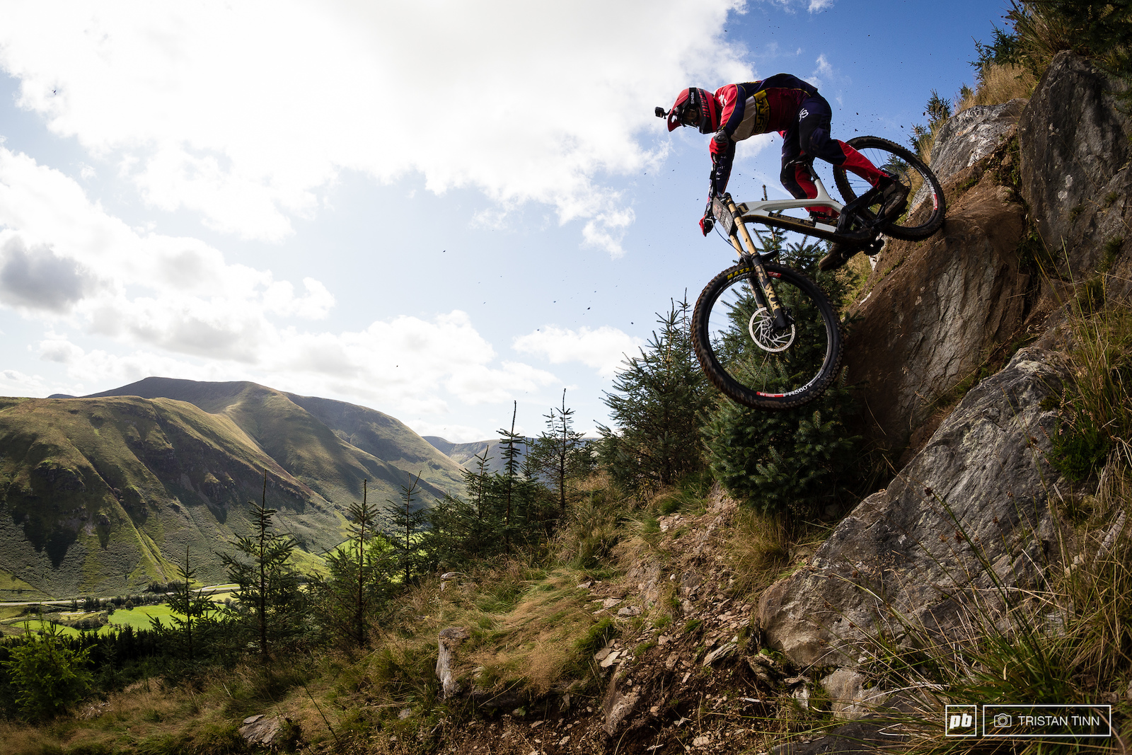 Harry Molloy tackles the nadgery rock drop up top