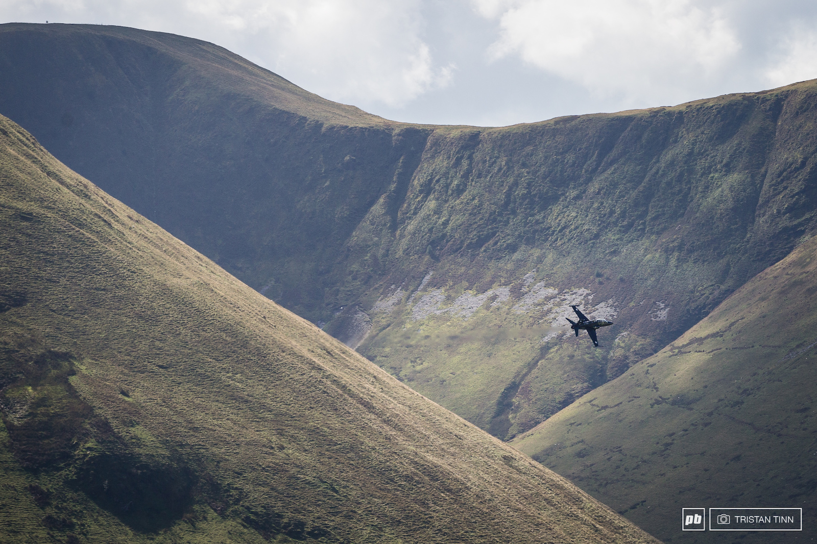 Mach loop action as per usual in the background
