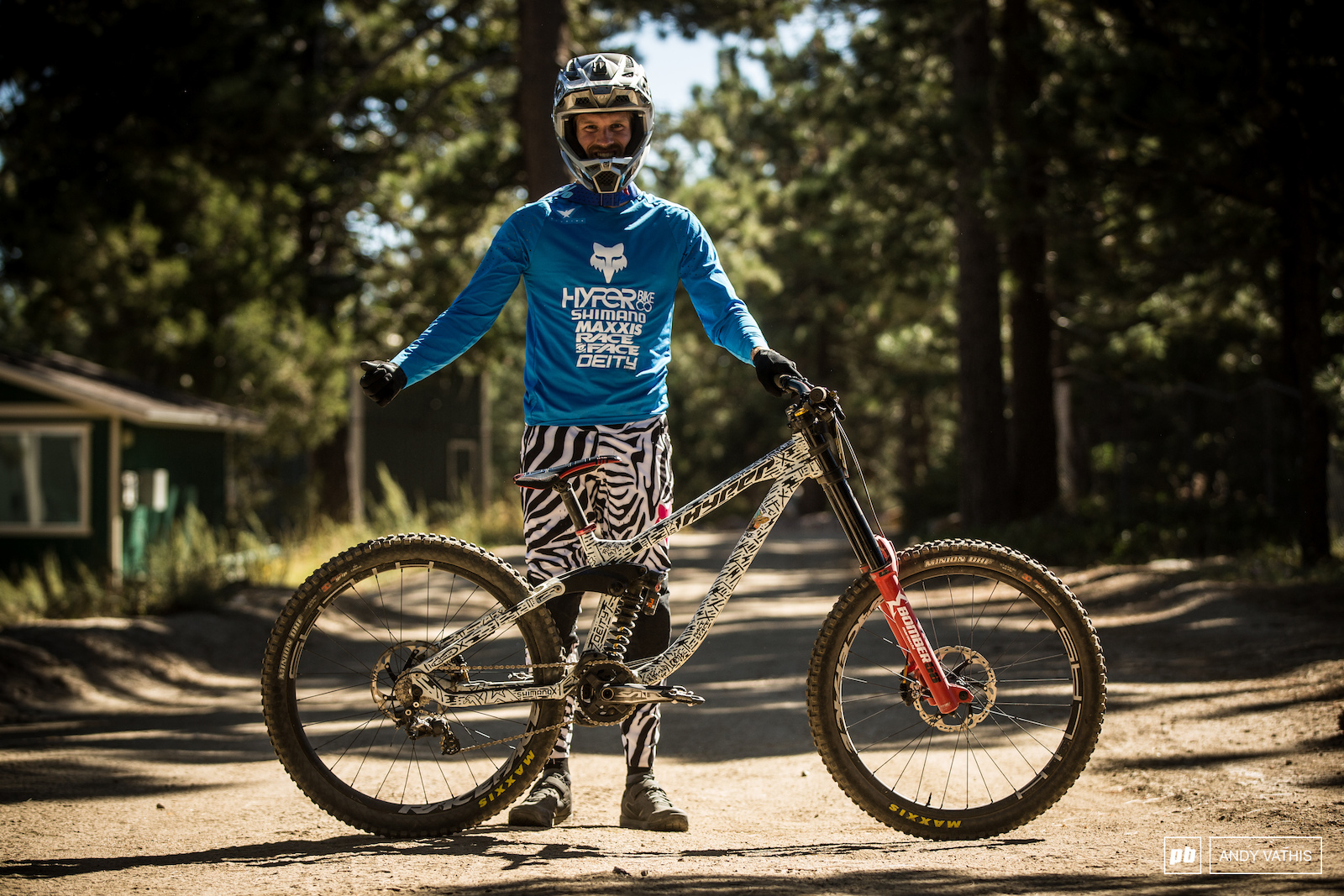 Best pants for the weekend goes to Bas van Steenbergen and his Hyper painted to match.