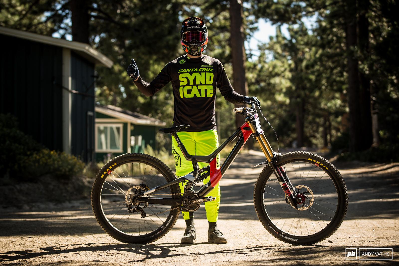 Luca Shaw and his Santa Cruz V10 CC.