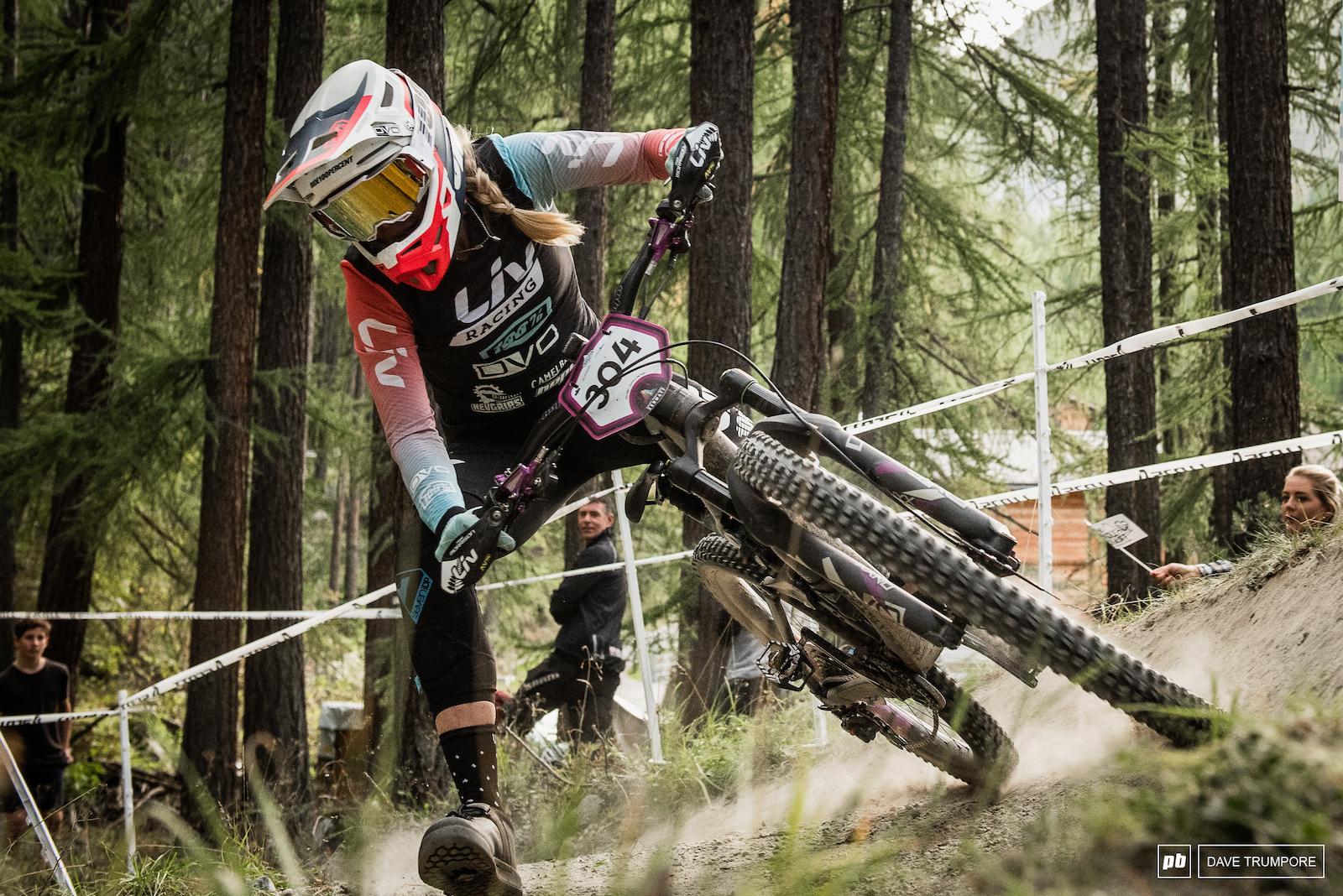 Rae Morrison drifting around the final corner of the 2019 season